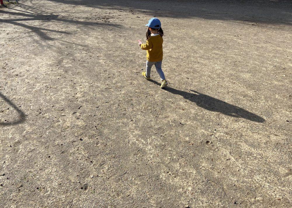 むかしよく来ていた公園であそぶ娘。