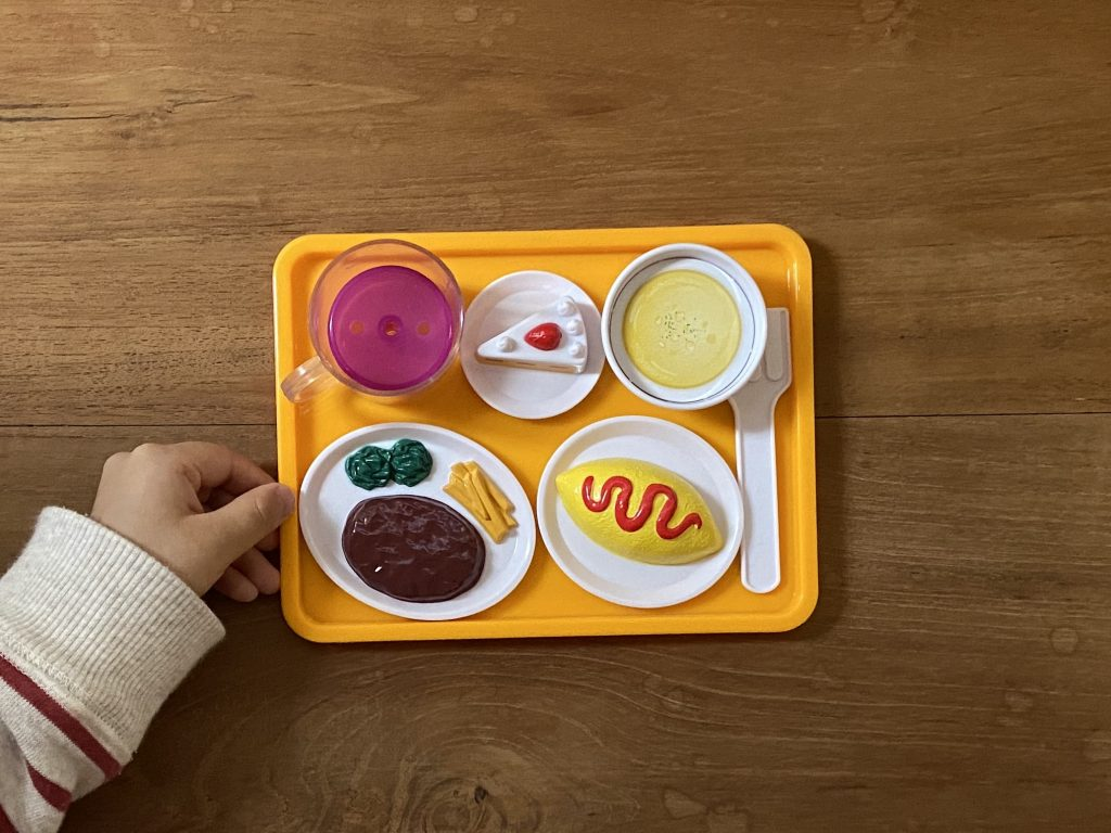 レストランごっこのできる、子どものおもちゃ。